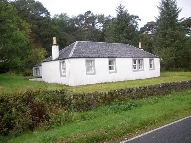 Shalunt Cottage