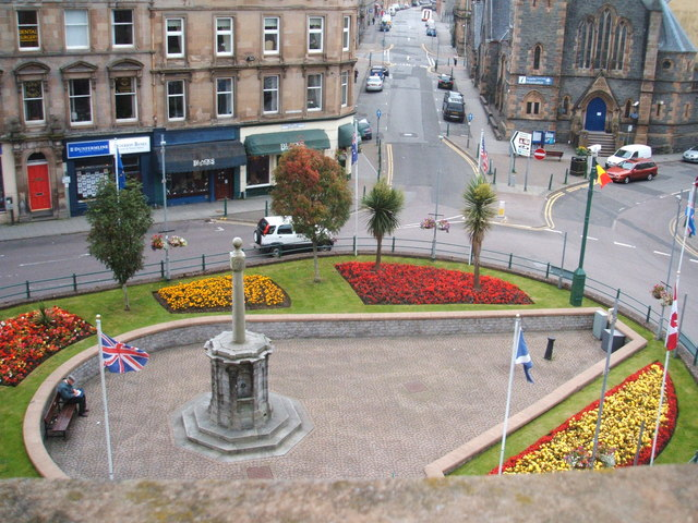 Commonwealth Flags in Argyll Square, Oban