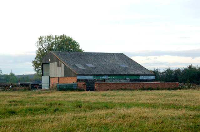 Barn north of Flecknoe Station Road, Broadwell