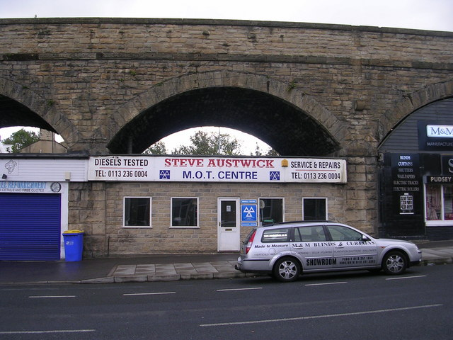 Steve Austick Auto Repairs - Bradford Road