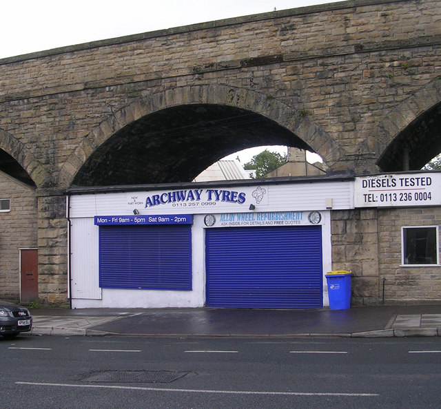 Archway Tyres - Bradford Road