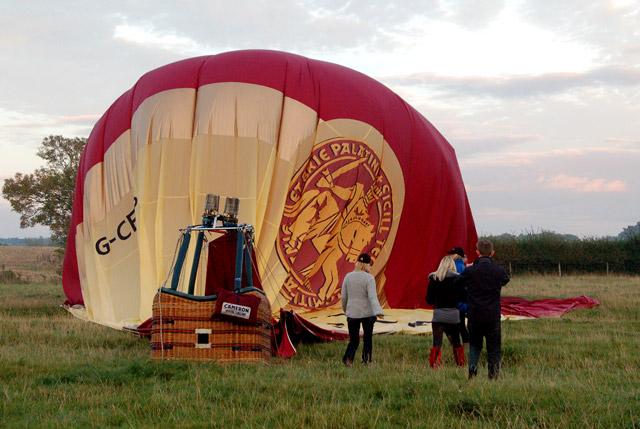 Balloon landing (4)