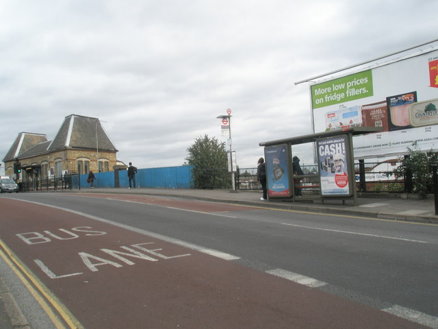 Bus shelter on Southall Bridge