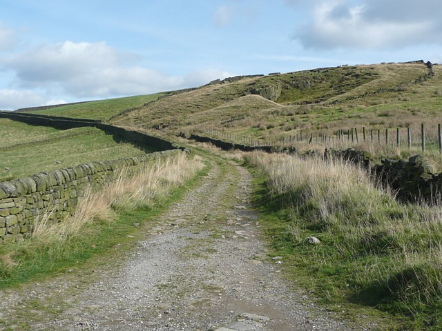 Whittaker Road, Erringden