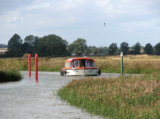 Boat and channel markers on the River Chet