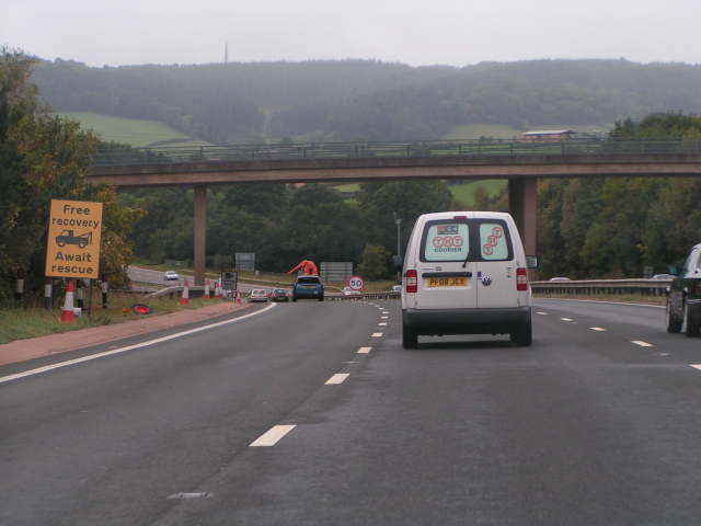 Approaching road works, heading west on the A38 near Kennford