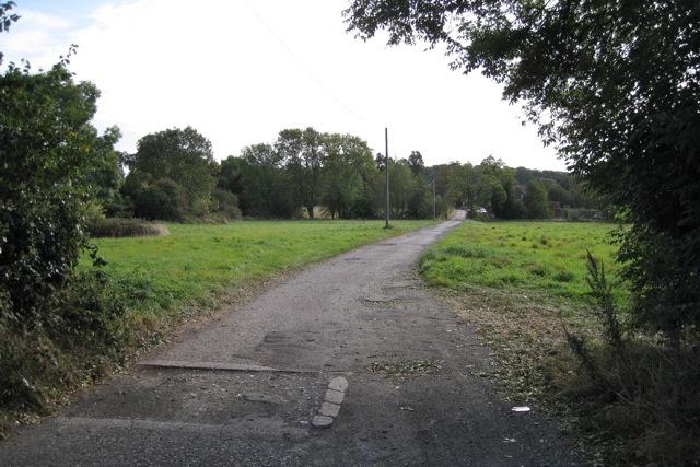 Drive to Leafield Farm from Stratford Road, Warwick