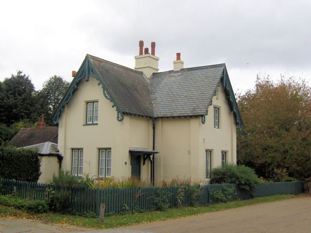 North Lodge Cottage, Poulsden Lacey