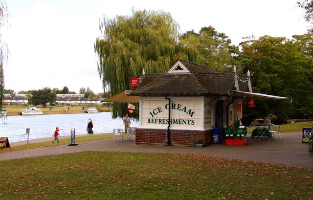 A refreshment kiosk at Windsor