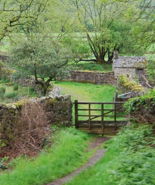 Gate by The Ravenglass & Eskdale Railway at Fisherground Farm