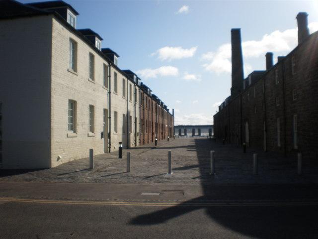 New housing development by Victoria Docks