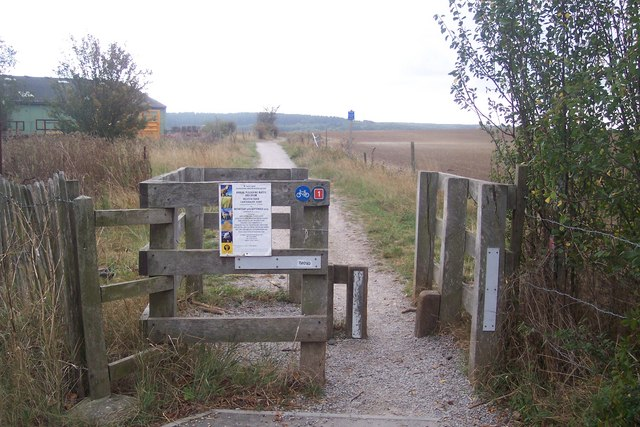 Gate on the Crab and Winkle Way Cyclepath