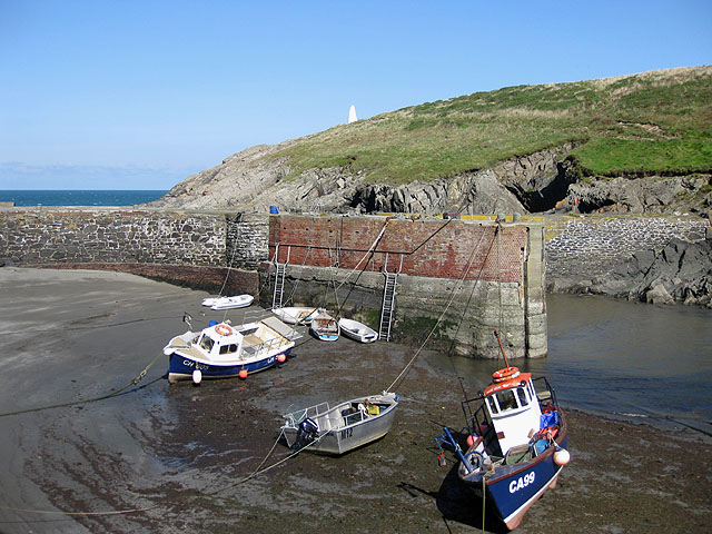 Harbour wall, Porthgain