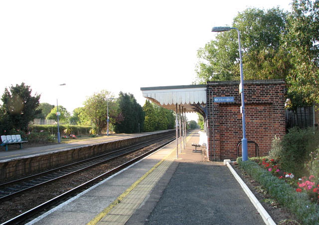 Cantley station - waiting shelter