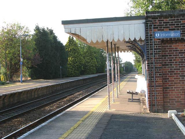 Cantley station - shelter on platform 2