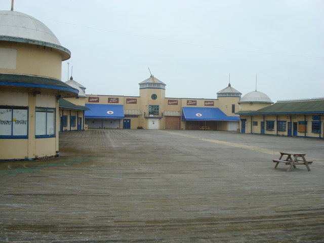 Entrance to Hastings Pier