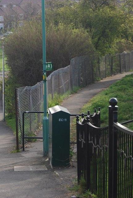 Saxon Shore Way leaves Parr Avenue, Gillingham