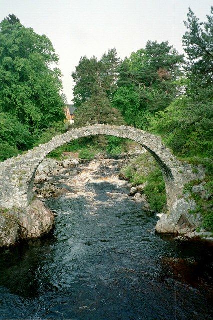 Carrbridge, old bridge