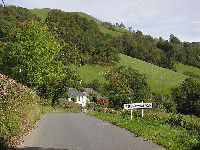 Western approach to Abercywarch