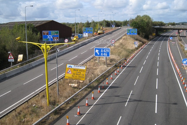 M40 westbound at junction 15, Sunday lunchtime