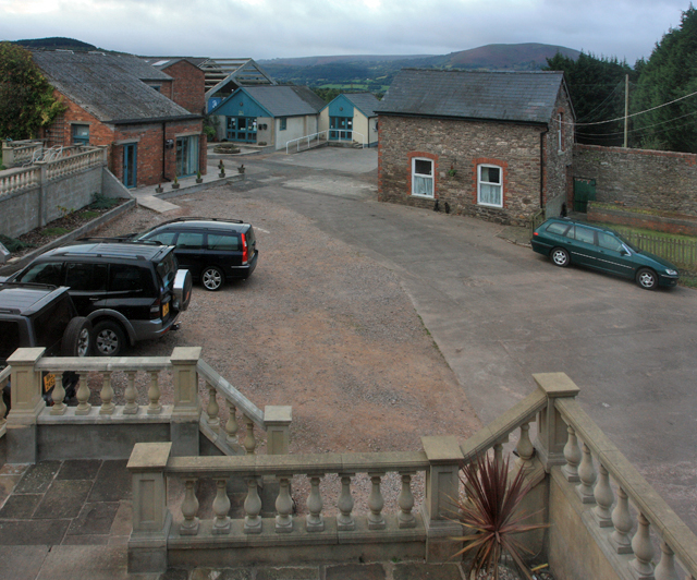 New Court Farm, Abergavenny