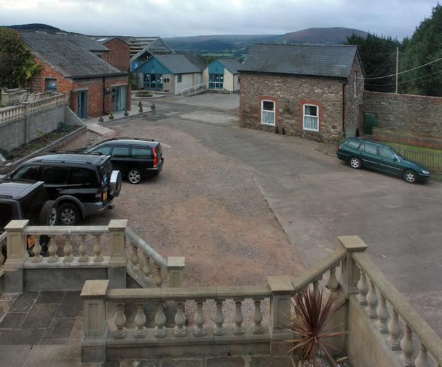 New Court Farm, Abergavenny