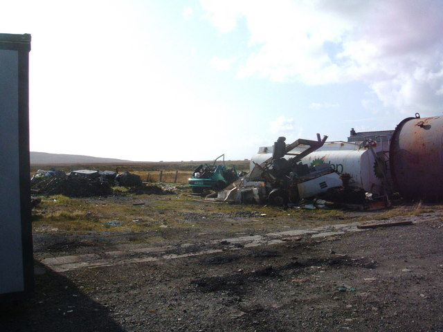 BP tanker, car wreck and other junk, Lochboisdale Road