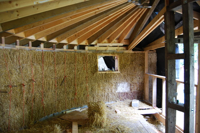 Straw Bale House Cat 169 Hayley Green Cc By Sa 2 0