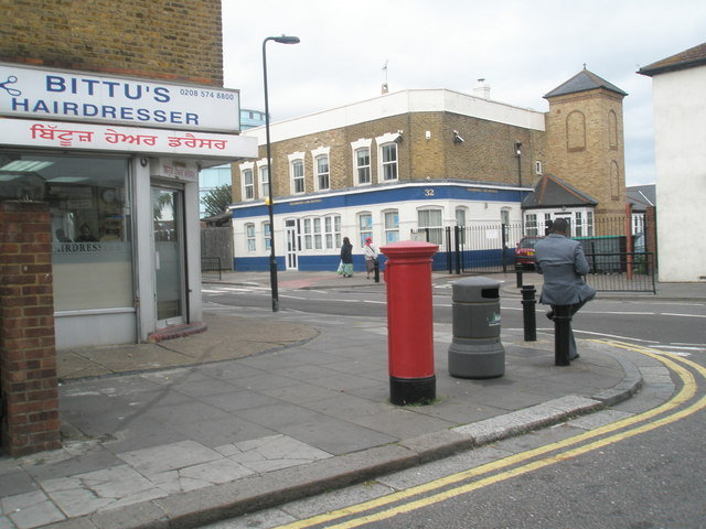 Hairdressers at the corner of Featherstone and St John's Roads