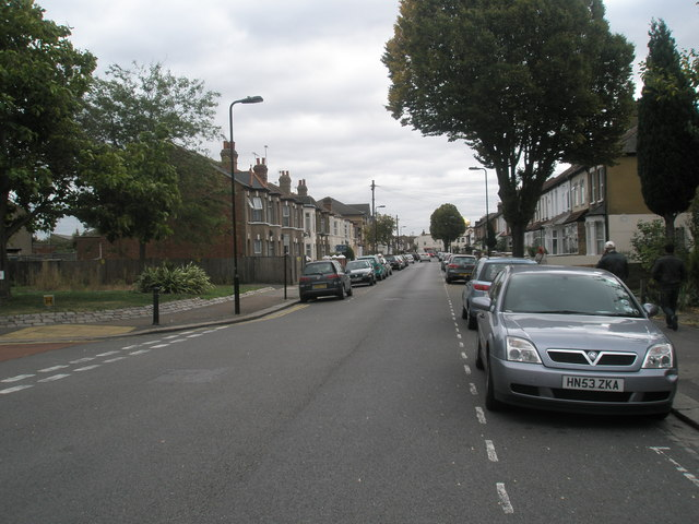 Looking north-east up Queens Road