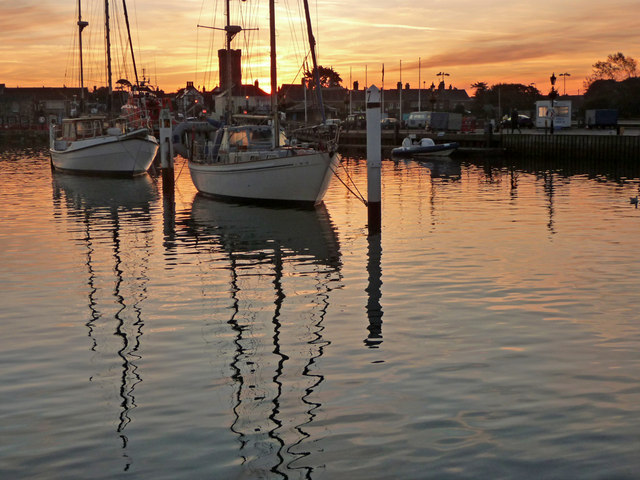 Yarmouth Harbour at Sunrise
