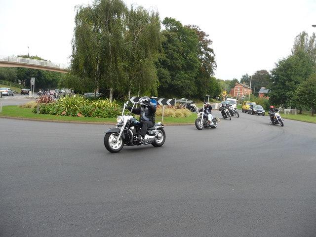 Tiverton : Heathcoat Way Roundabout