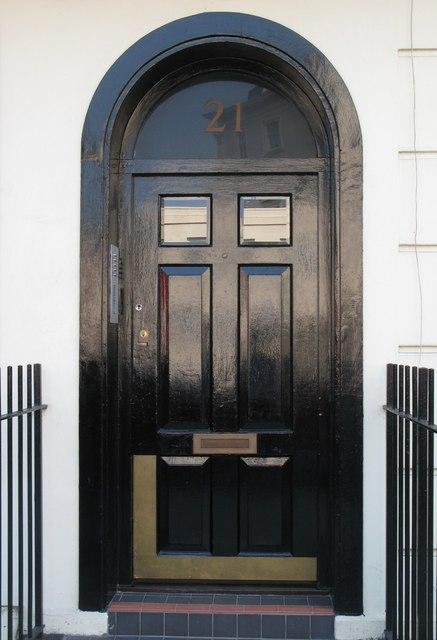 The door of 21 Park Road, NW1