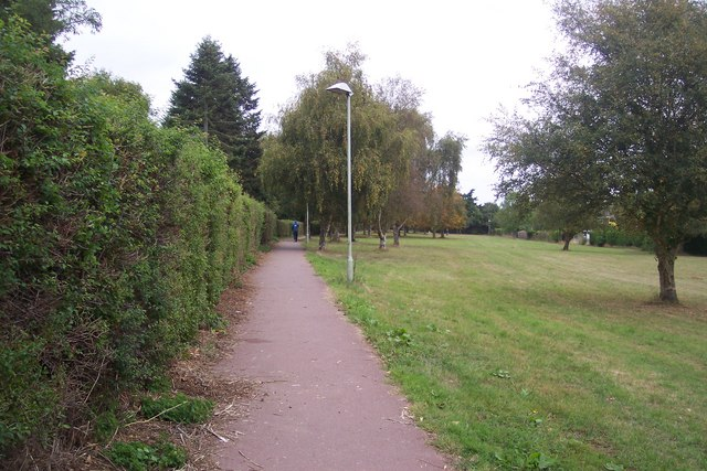 Footpath from Chaucer College to Hackington Hollow