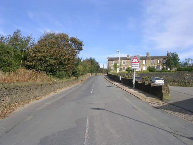 Swales Moor Road - viewed from Ploughcroft Lane
