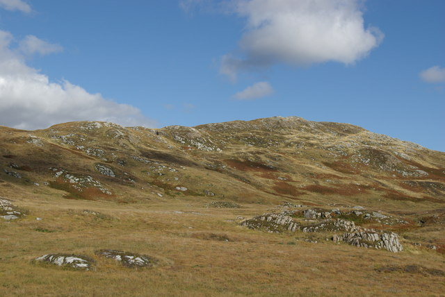 Moorland & rock outcrops below Craigmulloch Hill