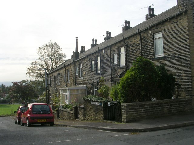 Grantham Place - Crown Road