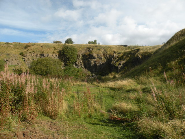 Disused quarry above Hudes Hope Beck