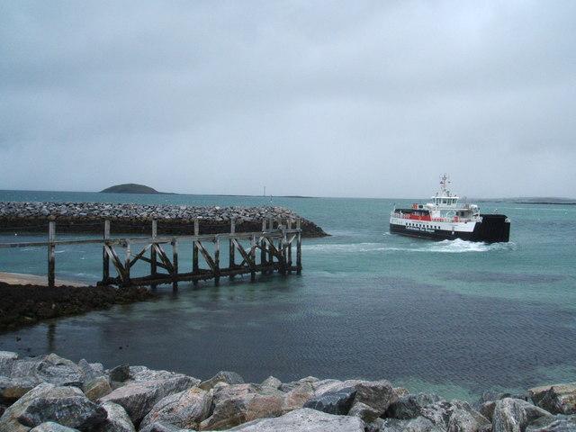 Barra ferry leaving Eriskay