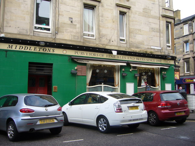 Middleton's pub from Edina Street