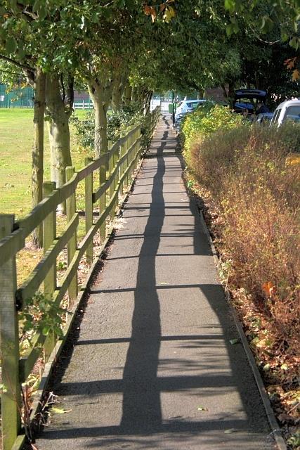 Footpath to Hambleton Leisure Centre