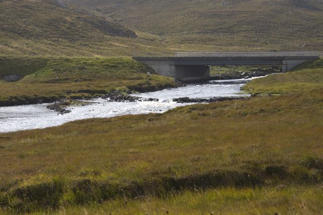 Bridge over the Abhainn Ghriomarstaidh