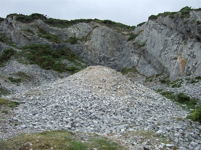Disused Limestone Quarry, Port-Eynon Point