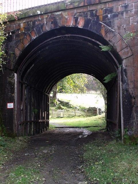 Railway bridge over Parish Road