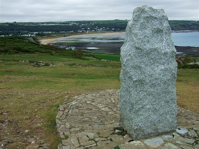Monument atop Port Eynon Point