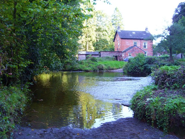Ford through the River Dove