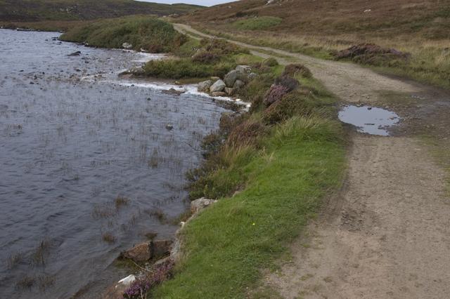 Track past Loch Ba Una