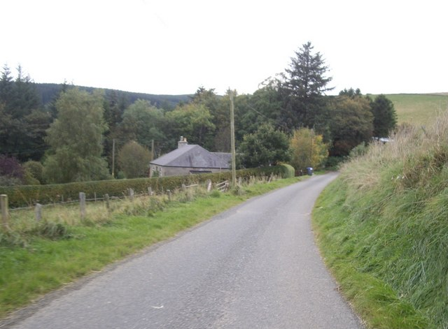 Approach to roadside cottages east of Tillathrowie