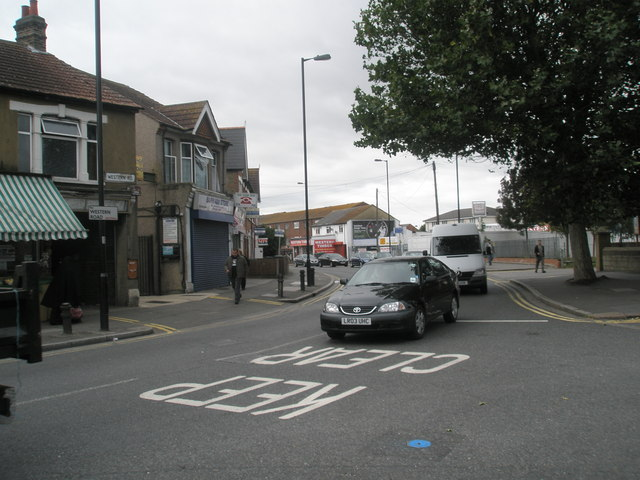 Traffic in Western Road
