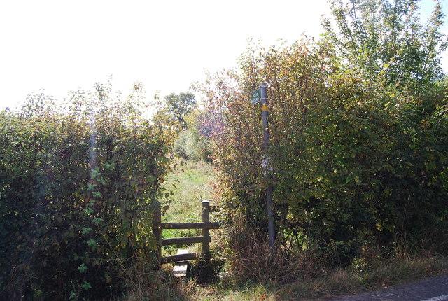 Footpath off Lower Haysden Lane